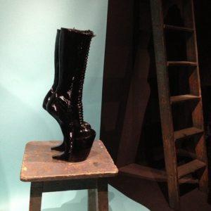 Cité de la dentelle et de la mode de calais : exposition Olivier Theyskens
