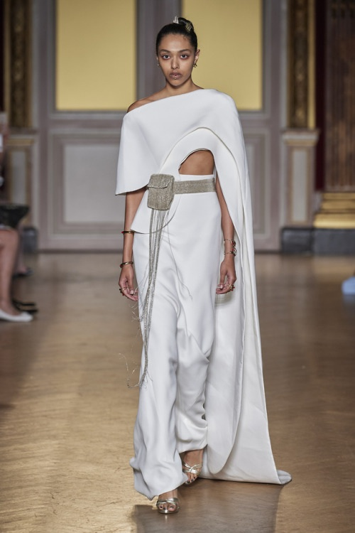 Antonio Grimadi FW 19 I am not an angel