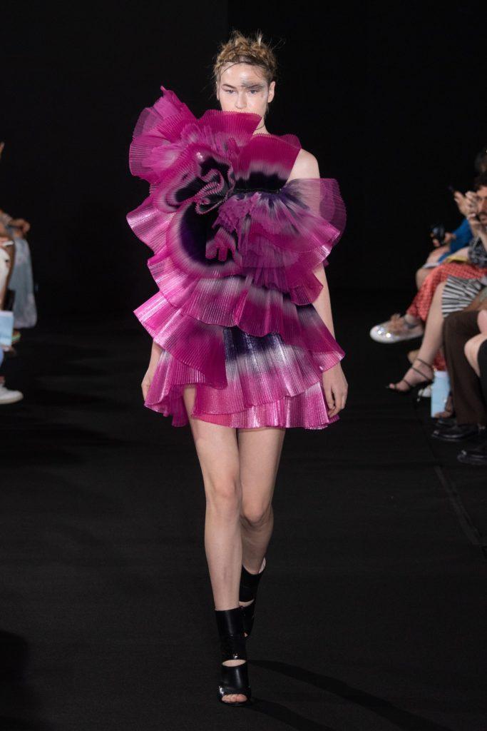 Yumi Katsura : the poetry of Suminagash mino robe rouge