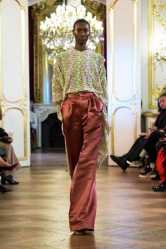 Imane Ayissi : premier défilé PFW Haute Couture pantalon top
