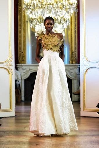 Imane Ayissi : premier défilé PFW Haute Couture robe obom