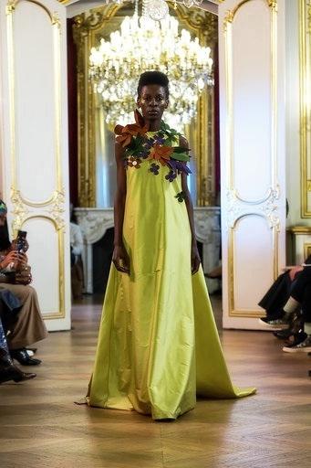 Imane Ayissi : premier défilé PFW Haute Couture