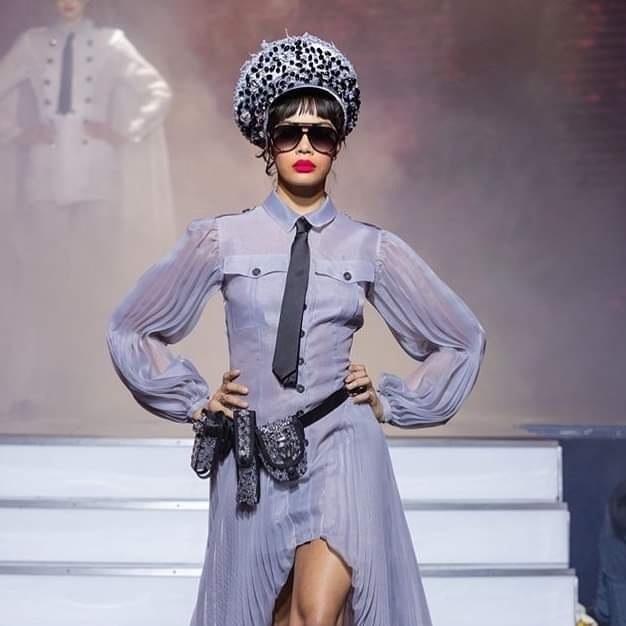 On Aura Tout Vu haute couture SS 20 : mon truc en plumes costume