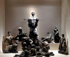 Christian Louboutin : l'Exhibition[niste] épopée du Shiva de l'escarpin inspiration